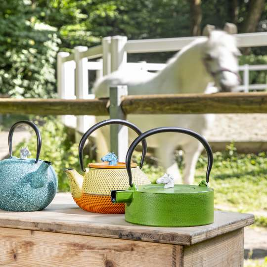 JA-UNENDLICH: Teekannen und andere Produkte aus Gusseisen, Pferd