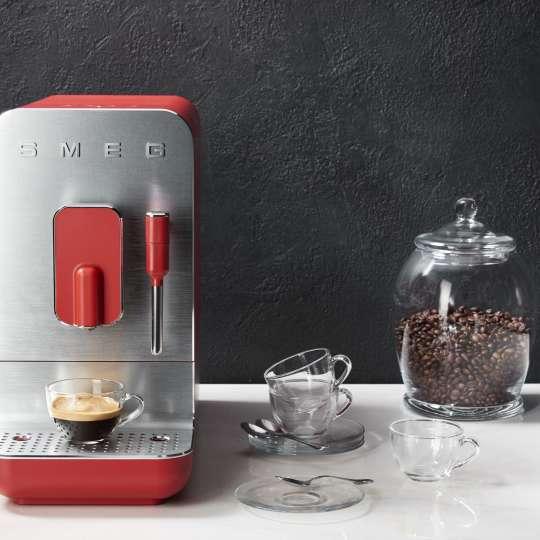 SMEG - Kaffeevollautomat BCC02RDMEU rot - Espresso