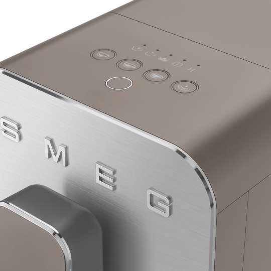 SMEG - Kaffeevollautomat BCC02TPMEU taupe - Bedienfeld