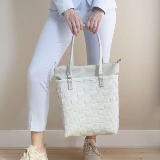 Handed By BFC746000 SOHO Tasche