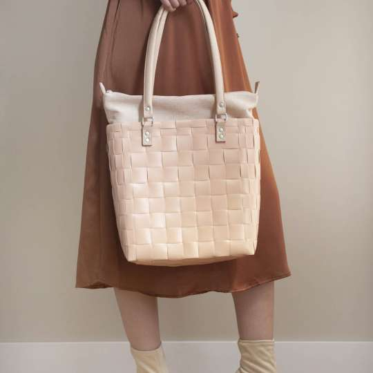 Handed By BFC747300 SOHO Tasche