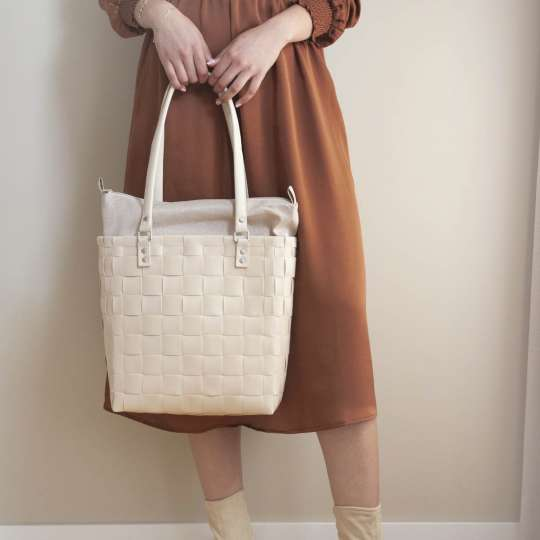 Handed By BFC748400 SOHO Tasche