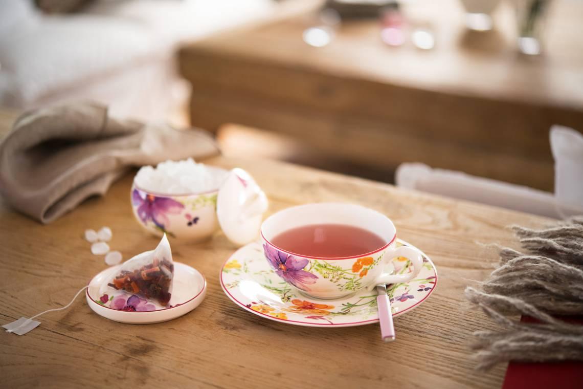 Villeroy und Boch Mariefleur Tea Teetasse mit Untertasse und Zuckerdose Milieu