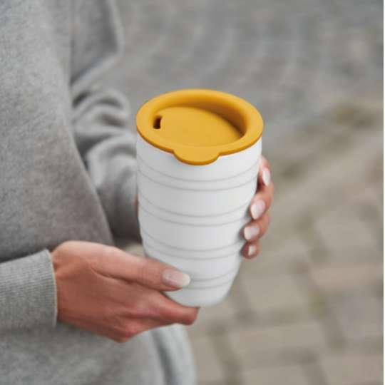 Kaffee-Thermobecher mit Silikondeckel von ASA