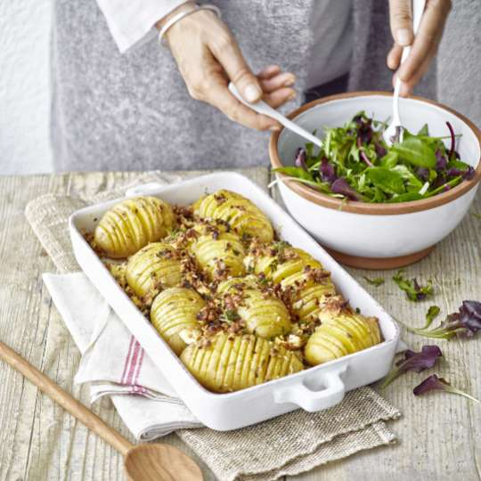 Betty Bossi : Hasselback Potato Tool / Mood Auflaufform Kartoffeln / Salat