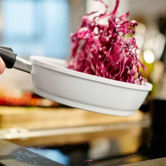 Berndes Vario Click Aluguss Schmorpfanne keramik mit abnehmbarem Griff