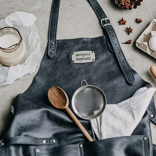 Brickwalls&Barricades_The_Savage_Apron_Grey
