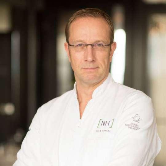 CHROMA - Nils Henkel
