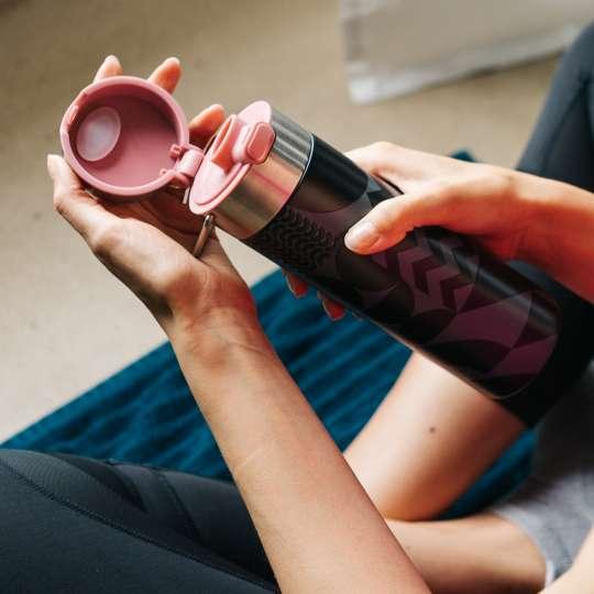 Eigenart: Trinkflasche / Dekor 'Bauhaus' / Mood Yoga 1, hoch