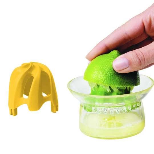 Fackelmann: Küchenhelfer rund um Zitrusfrüchte / Serie Chef'n / Mood Handhabung Zitronensaftpresse / 27470