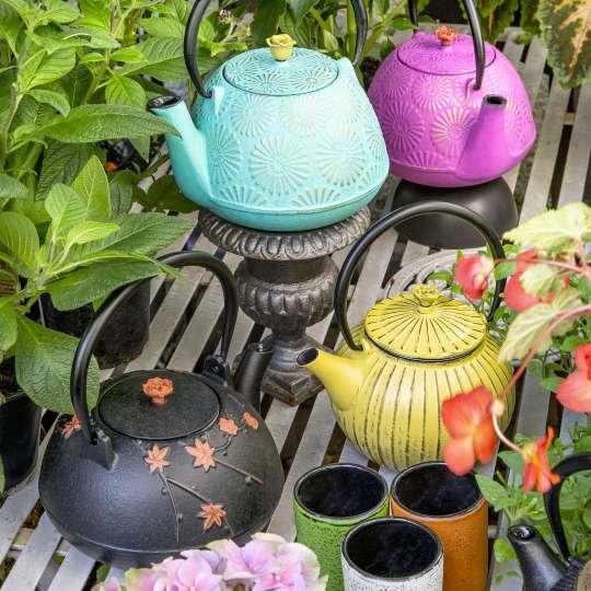 Blumig und Maritim: Teekannen von ja-unendlich / Mood Teekannen Gruppe Garten