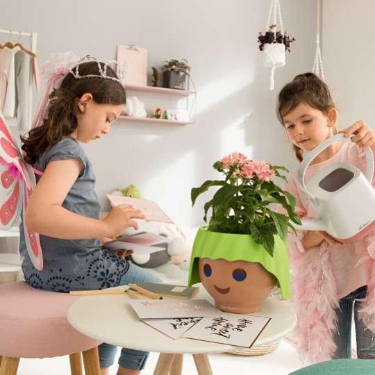 LECHUZA OJO - Pflanzenfreunde mit Style / Kinder bei der Pflege
