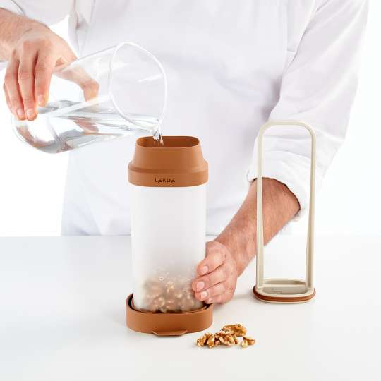 Lekue-Veggie Drinks Maker Lifestyle