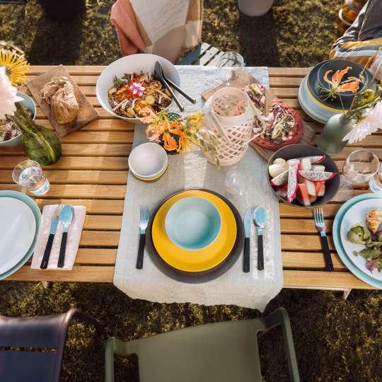 Mepal - Melamin Geschirrserie Bloom - gedeckter Tisch von oben