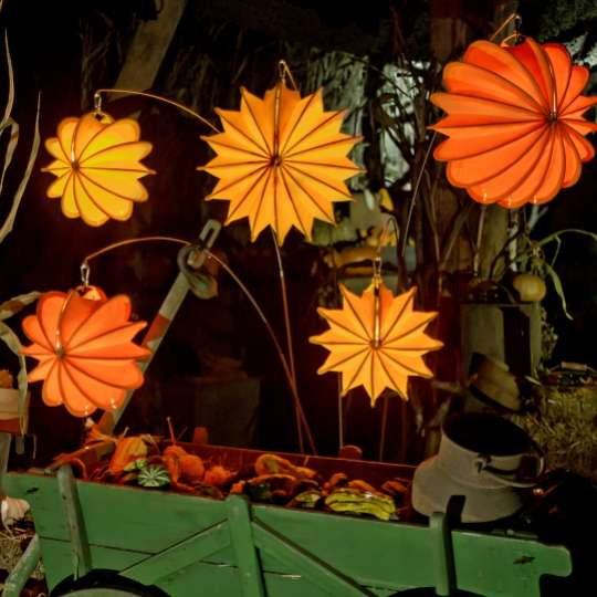 Barlooon: der wetterfeste Lampion, orange, herbstlich dekoriert / Mood 5