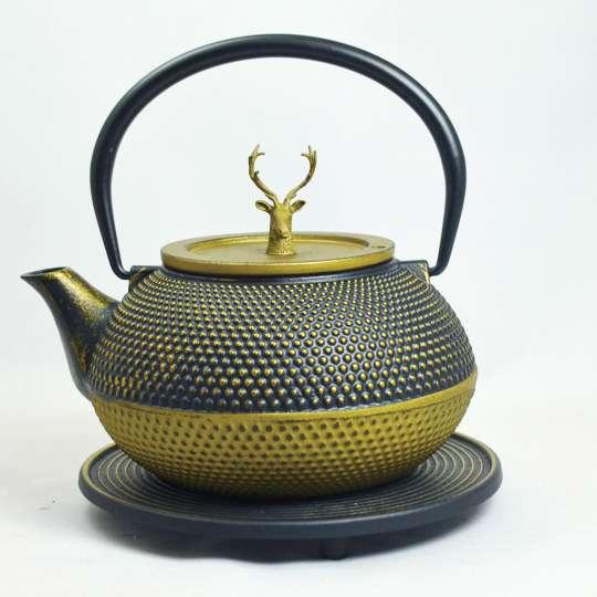 JA-UNENDLICH: Teekanne aus Gusseisen, Modell Kobu, 1,2 l, Deckelknopf Hirsch, gold