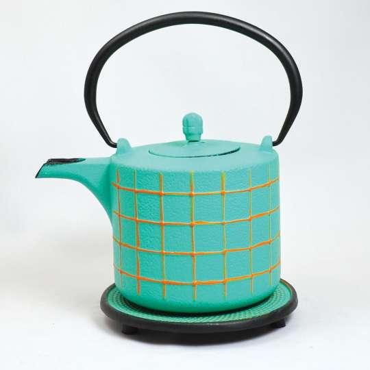 JA-UNENDLICH: Teekanne aus Gusseisen, XLQB3258 mit Untersetzer