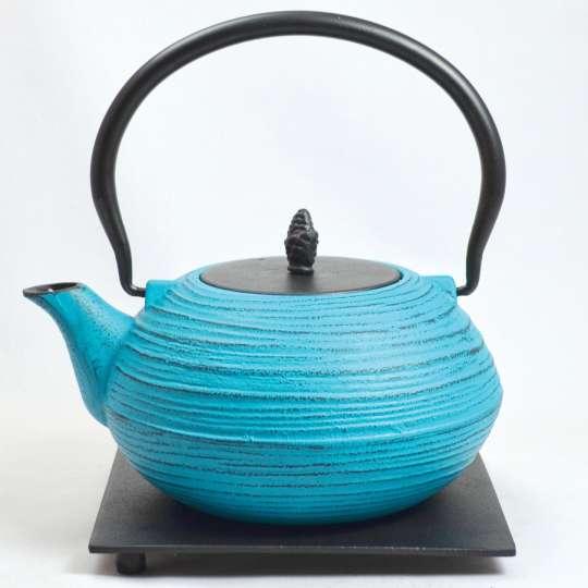 Blumig und Maritim: Teekannen von ja-unendlich / Teekanne, Modell LWH, hellblau