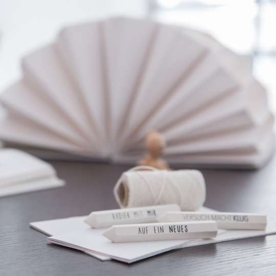 PAPER & POETRY